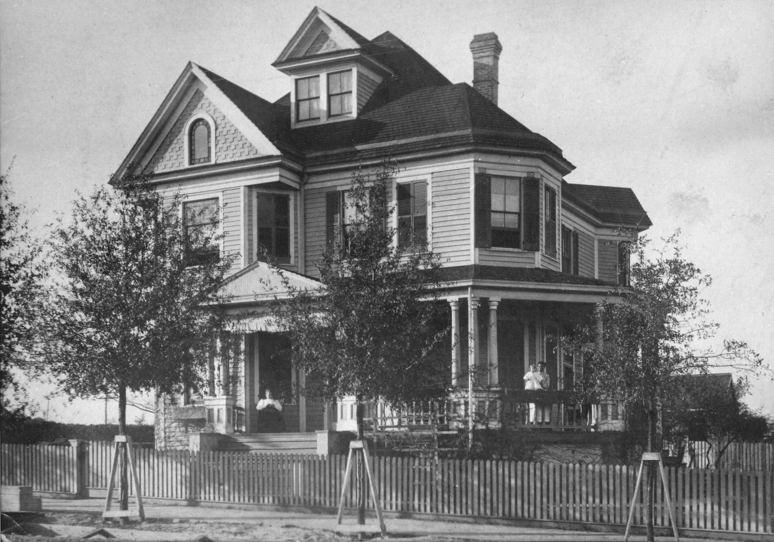 Historic Oscar L. Bass House - Built 1902